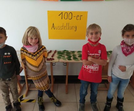 Die Zweitklässler erforschen den Zahlenraum bis 100